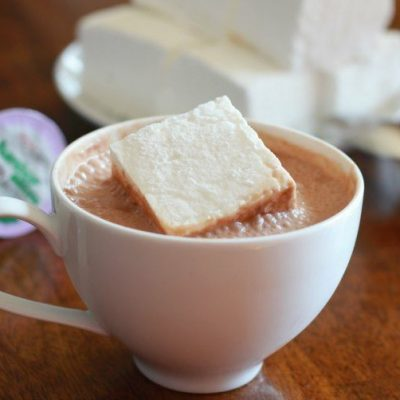 Easy Homemade Marshmallows (and a giveaway!!)