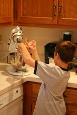 Make Your Own Twinkies with Betty Crocker Fun da-middles