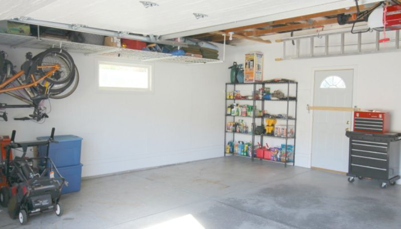 Five Tips to Help Keep Your Garage Organized