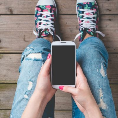 How to Select the Right Cell Phone for Your Child