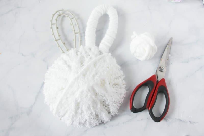 bunny butt wreath tutorial